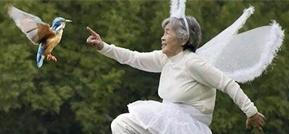 2017年 第23期 《年龄只是数字,89岁的老太太依旧活出了18岁的风采!》
